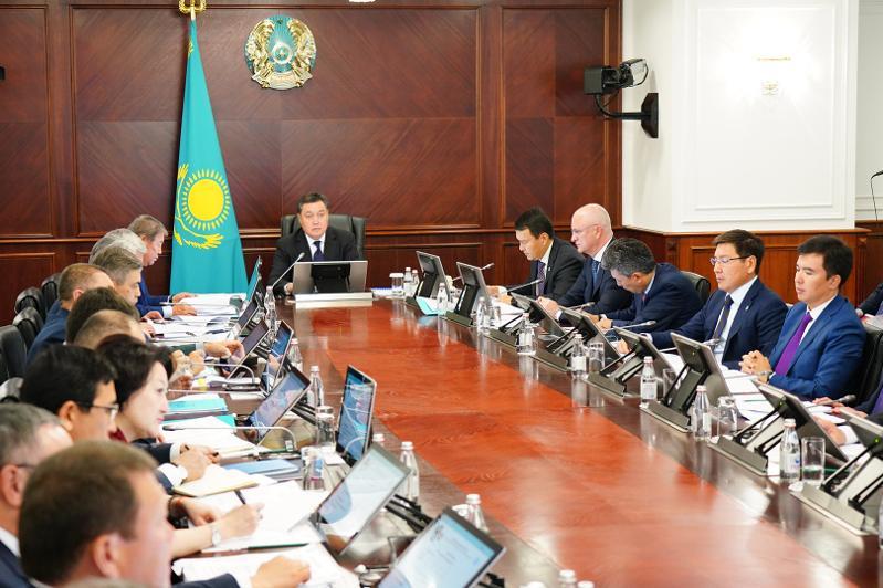 Аскар Мамин дал ряд поручений по итогам заседания Правительства