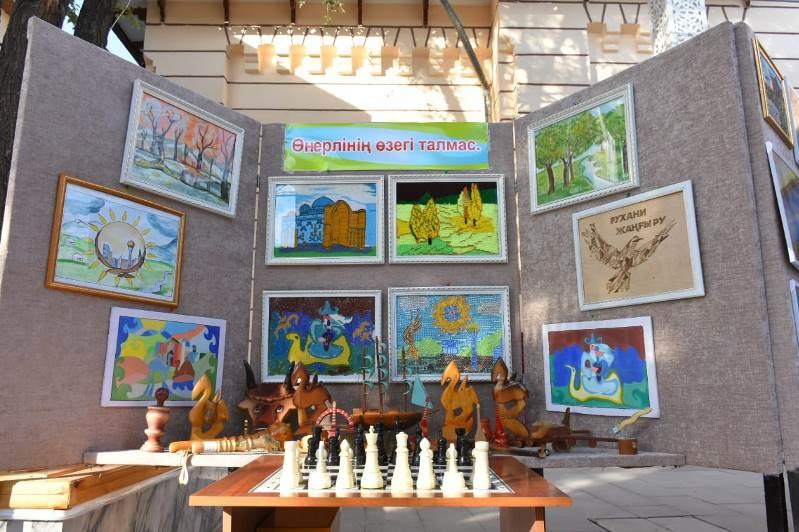 Фестиваль искусства «Мейірім шуағы» прошел в Туркестане