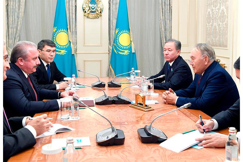 Елбасы подчеркнул стратегический характер отношений Казахстана и Турции
