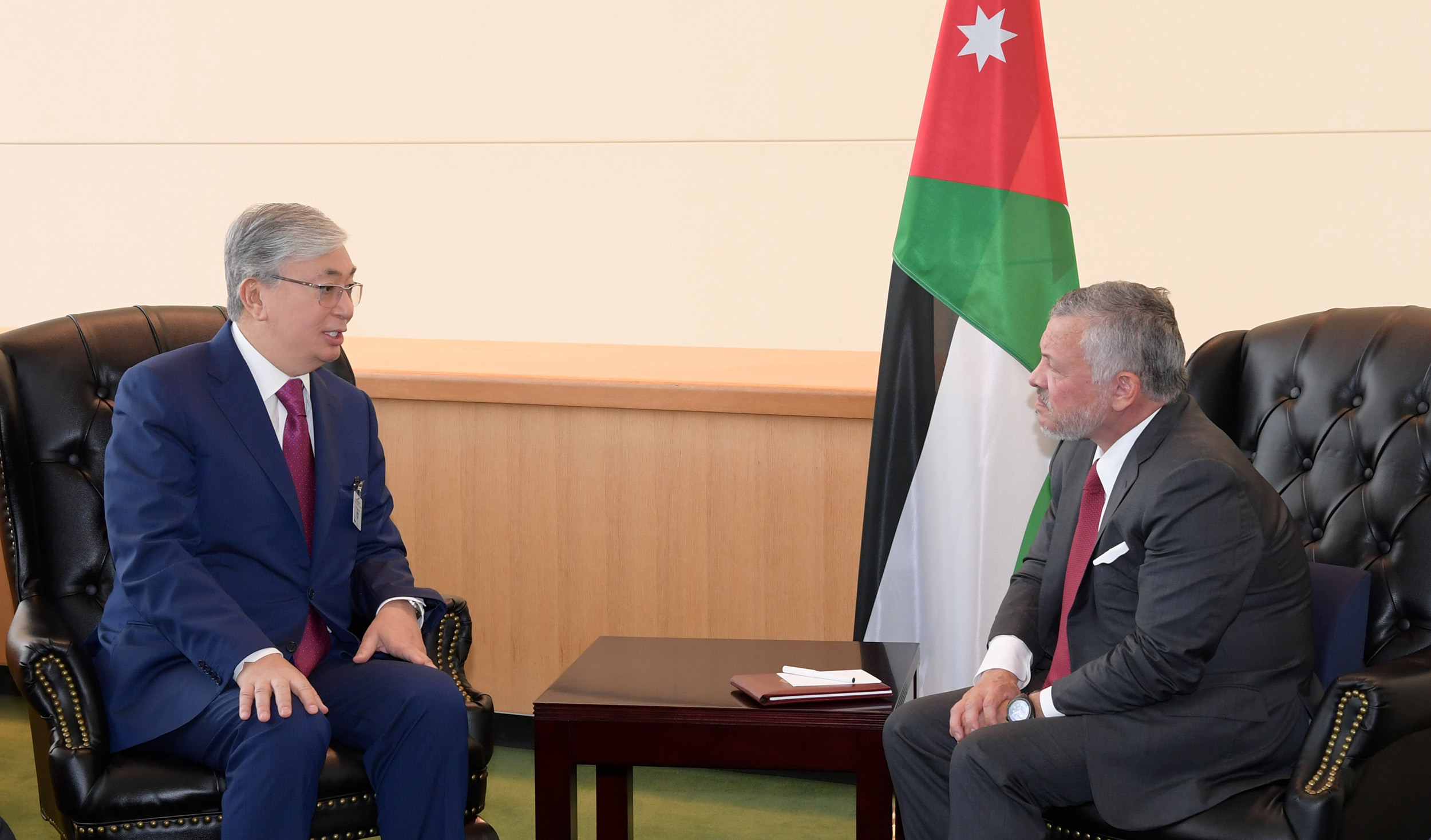 Президент Казахстана встретился с Королем Иордании Абдаллой II