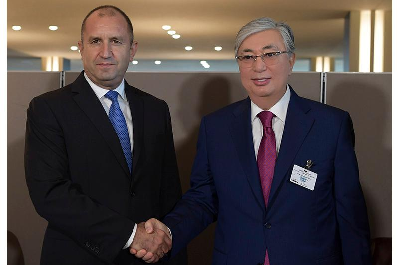 托卡耶夫总统会见保加利亚总统