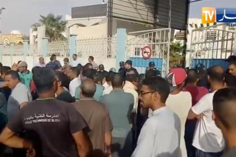 阿尔及利亚一医院发生火灾8名婴儿死亡