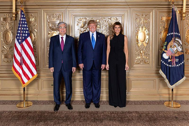 托卡耶夫同美国总统特朗普会晤