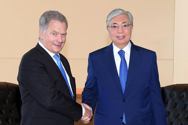 Глава государства встретился с президентом Финляндии Саули Ниинистё