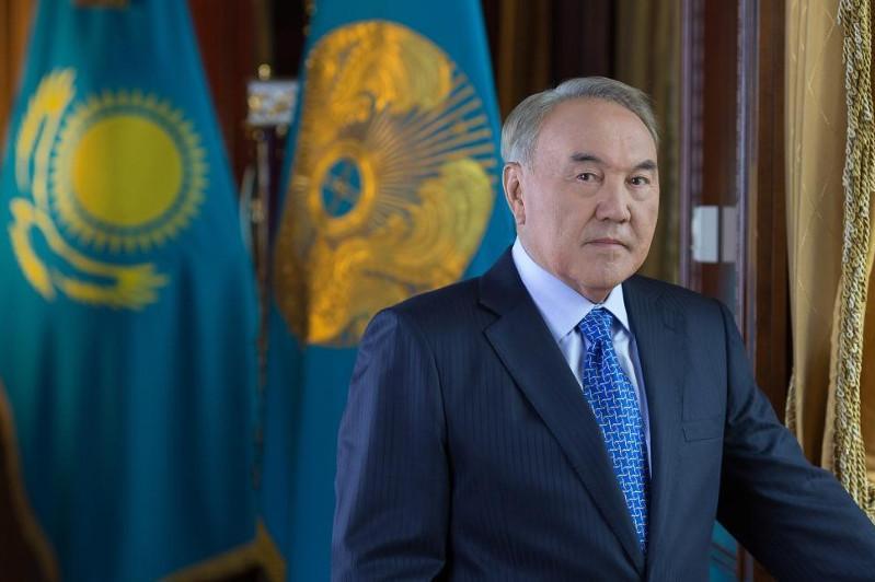 纳扎尔巴耶夫就法国前总统希拉克逝世致唁电