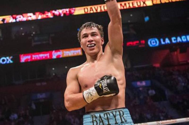 朱肯巴耶夫击败墨西哥拳手成为WBA和IBF洲际拳王