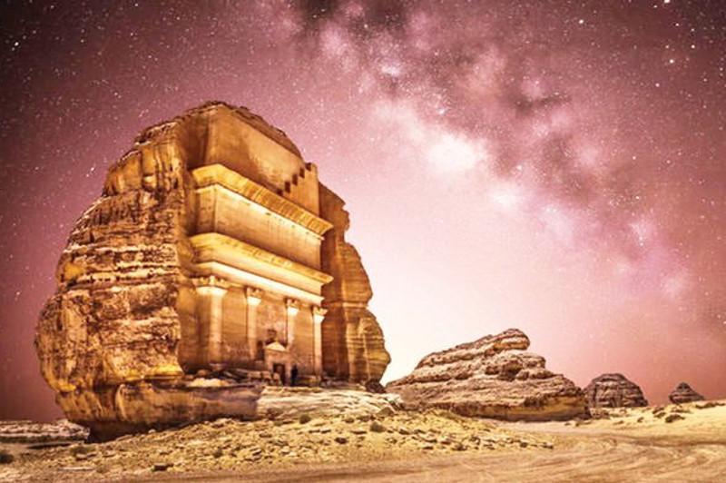 沙特宣布首次开放旅游签证