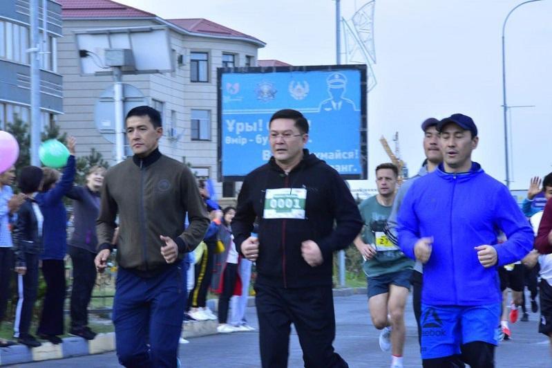 Шымкентте өткен марафонға алты елден 3 мыңнан астам адам қатысты