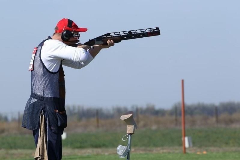 哈萨克斯坦选手在飞碟射击亚锦赛上夺冠