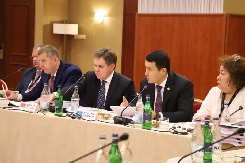 第一副总理出席欧亚经济委员会理事会会议
