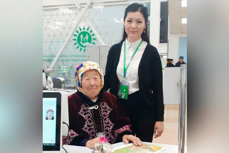 «Правительство для граждан» оформило более 52 тысяч заявлений на пенсию