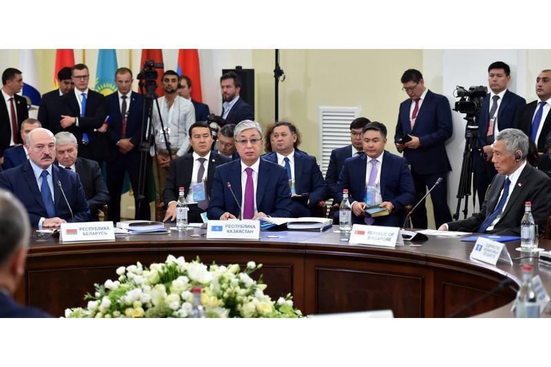 Президент РК предложил странам ЕАЭС сотрудничать с крупными организациями