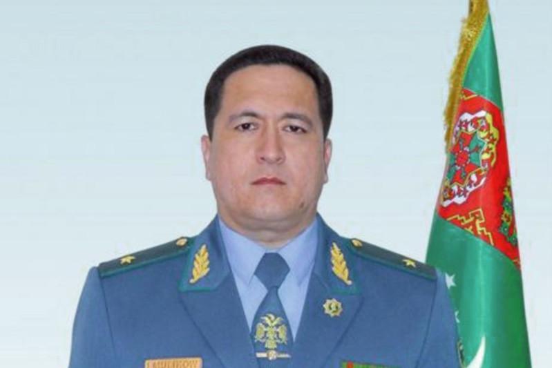 Түрікменстанда ішкі істер министрі жұмыстан қуылып, шені генерал-лейтенанттан майорға төмендетілді