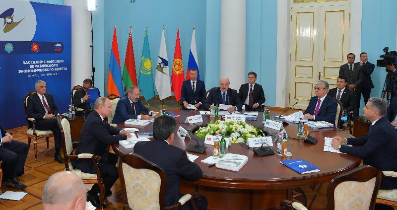 欧亚经济委员会最高理事会会议签署20份文件