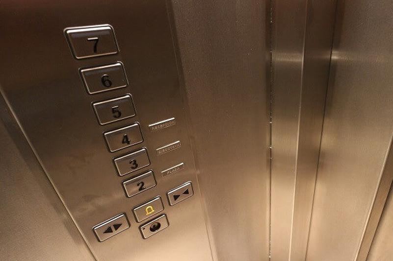 Почти 80 лифтов необходимо заменить в Нур-Султане