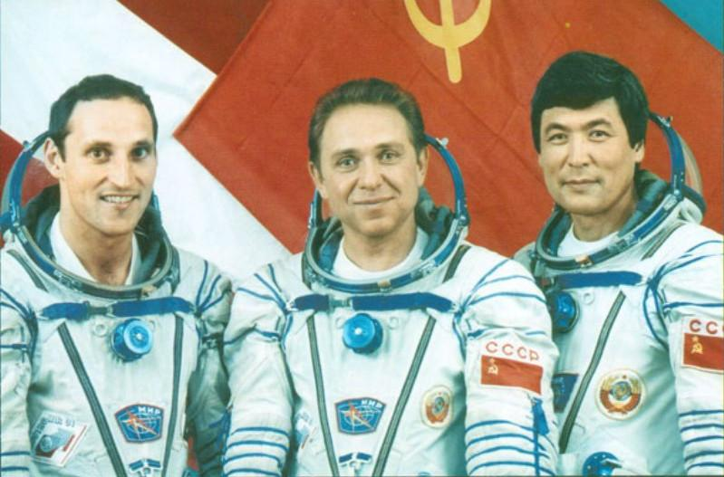 Полет в космос первого казаха