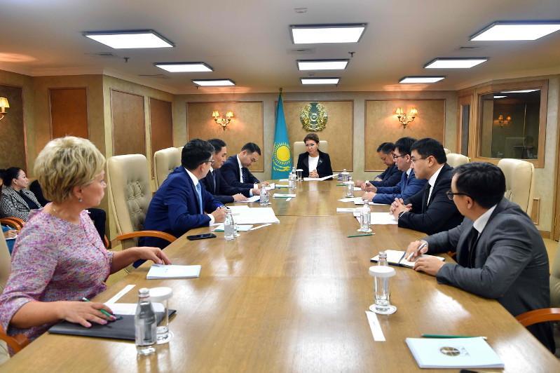 Дариға Назарбаева Съезд хатшылығының басым бағыттары туралы айтты