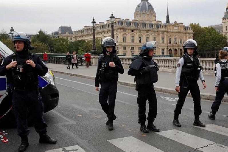 巴黎警察局总部发生袭击事件 至少致4名警察死亡