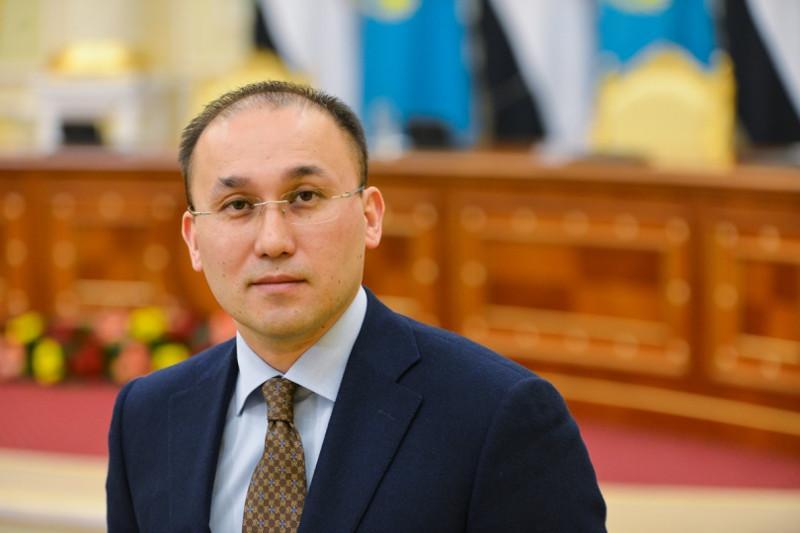 新闻和社会发展部部长阿巴耶夫将出任哈萨克式摔跤国家协会主席