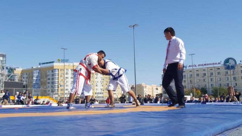 Международный турнир по казакша курес стартовал в Атырау