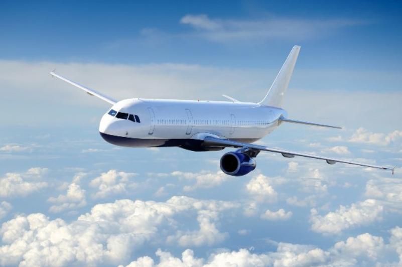 Президент поручил увеличить количество прямых международных авиарейсов