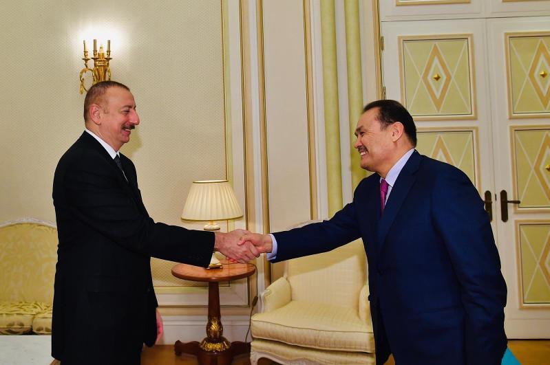 突厥议会秘书长会见阿塞拜疆总统