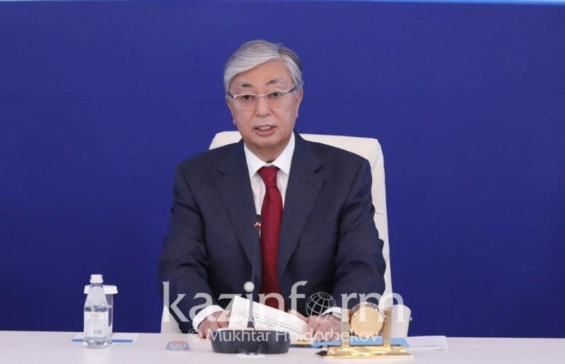 总统:须消除一切阻碍商业发展的障碍