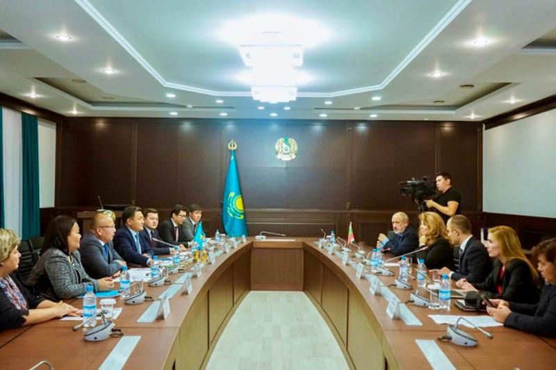 Pavlodar region's Governor, Bulgarian Vice PM meet