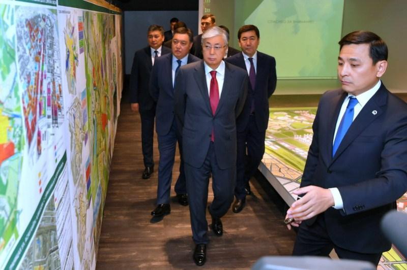Мемлекет басшысы «Астана Бас жоспары» ғылыми-зерттеу институтына барды