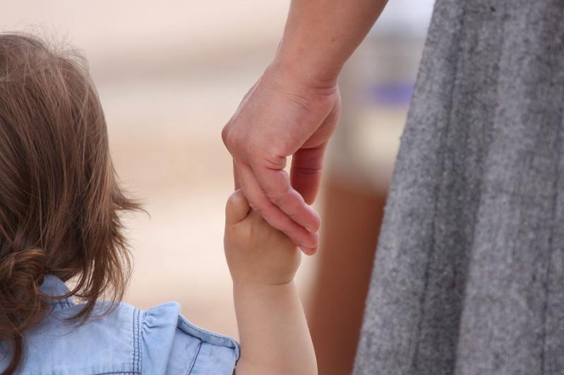哈萨克斯坦政府计划从伊拉克接回14名儿童