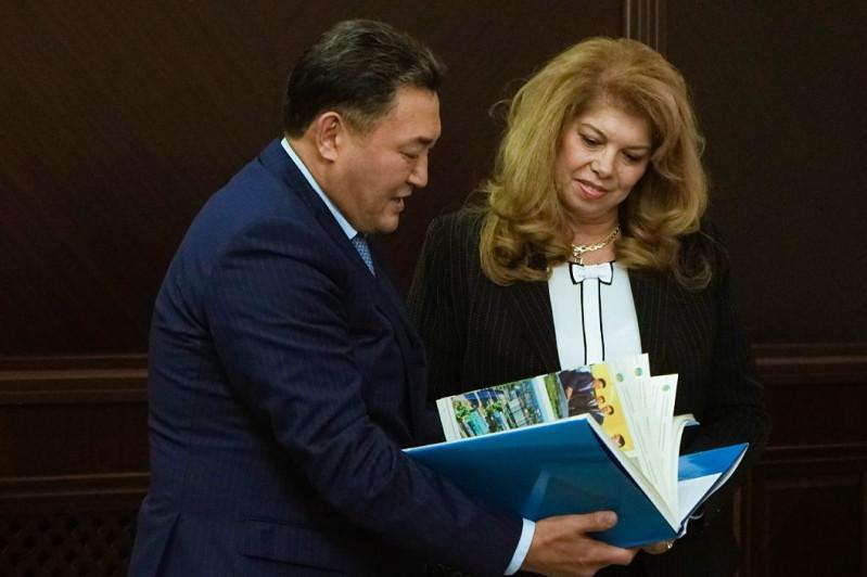Болгария вице-президенті Павлодар облысында диаспора өкілдерімен кездесті