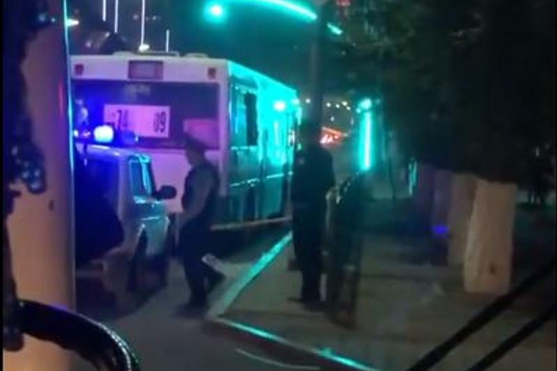 Три автобуса обстрелял неизвестный в Караганде