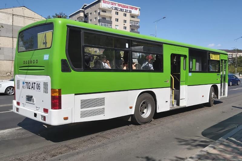 Атырау автобустарында ерікті бақылаушылар мен құпия ревизорлар жүреді