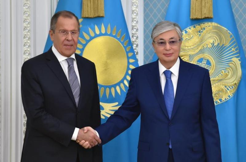 托卡耶夫总统会见俄罗斯外长拉夫罗夫