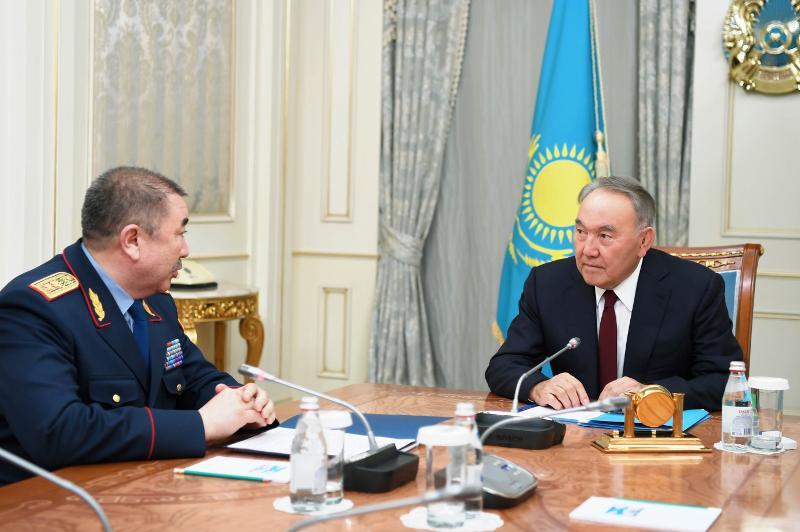 Nursultan Nazarbayev receives Minister of Internal Affairs Yerlan Turgumbayev