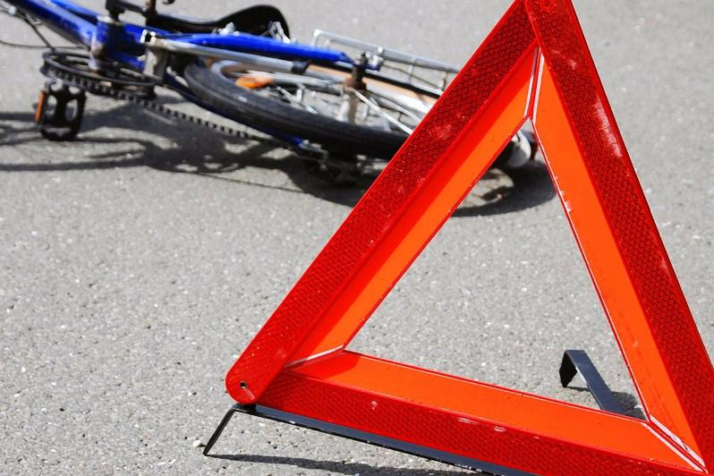 Насмерть сбил велосипедиста пенсионер в Павлодарской области