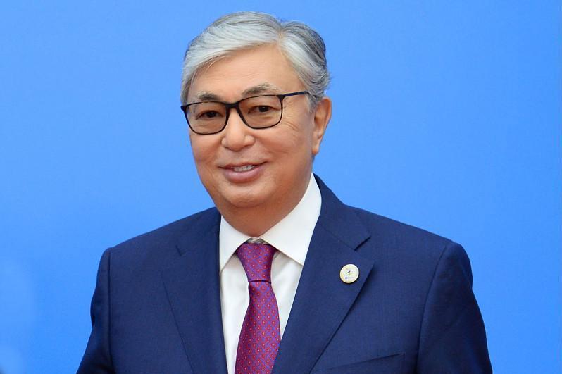 Касым-Жомарт Токаев поздравил казахстанцев с Днем профсоюзов