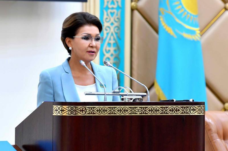 Крестьянские хозяйства сами должны привлекать специалистов в села – Дарига Назарбаева