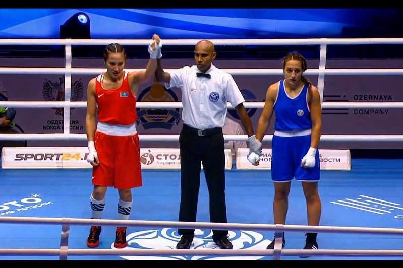 Две казахстанки вышли в полуфинал ЧМ по боксу