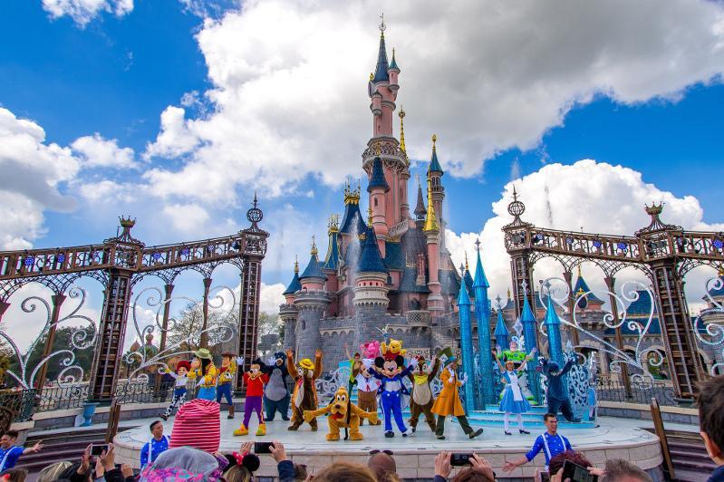 努尔-苏丹市将建造迪士尼乐园