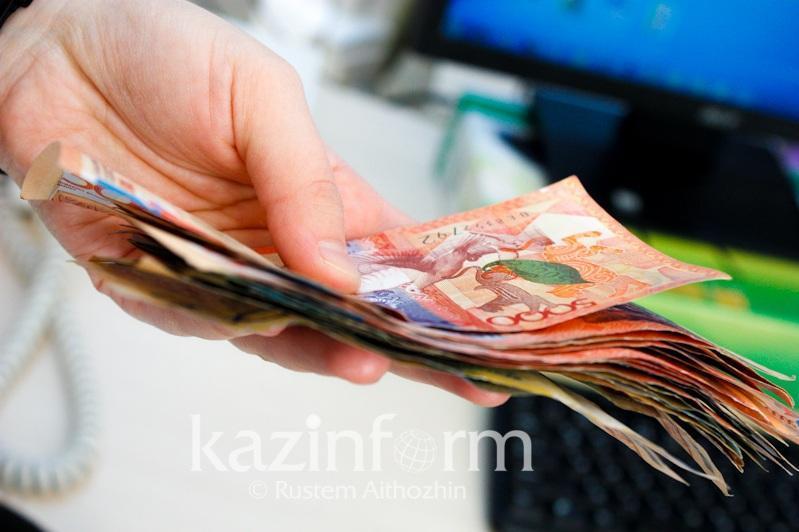 Almatyda AÁK-ti zańsyz alǵandar 3,4 mln teńgeni memleketke qaıtardy