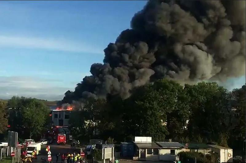 奥地利林茨机场附近发生爆炸致9伤