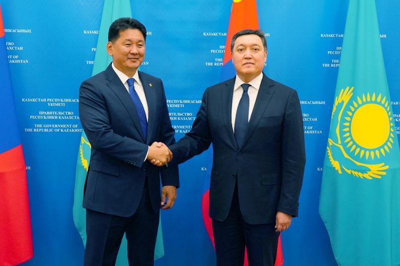 马明会见蒙古国总理呼日勒苏赫