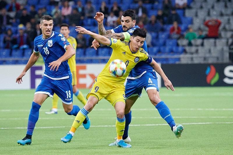 Сборная Казахстана по футболу проиграла Кипру
