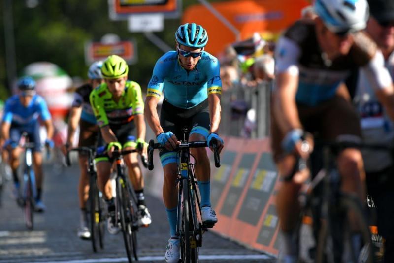 Велогонщик «Астаны» вошел в Топ-10 на «Гран Пьемонте» в Италии