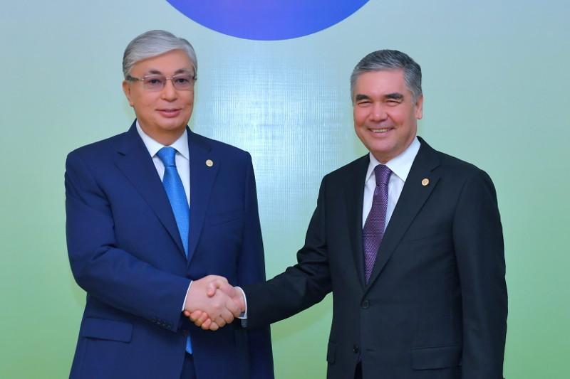 哈萨克斯坦与土库曼斯坦总统在阿什哈巴德举行会晤