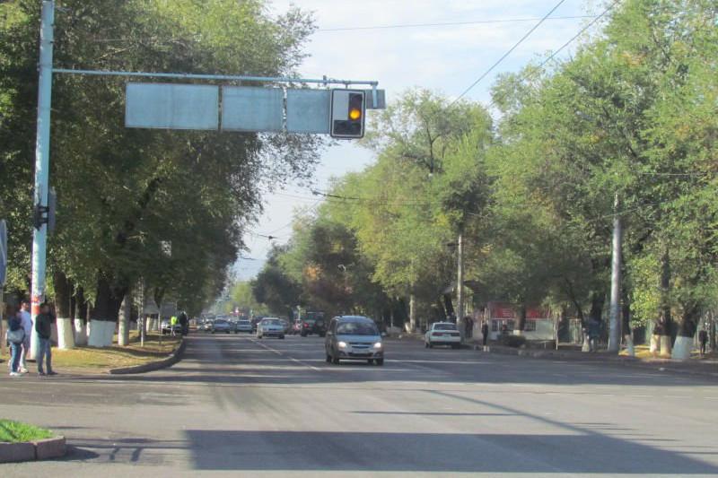 Шестиполосная улица Жандосова, пробивка Саина: что делает акимат на дорогах Алматы