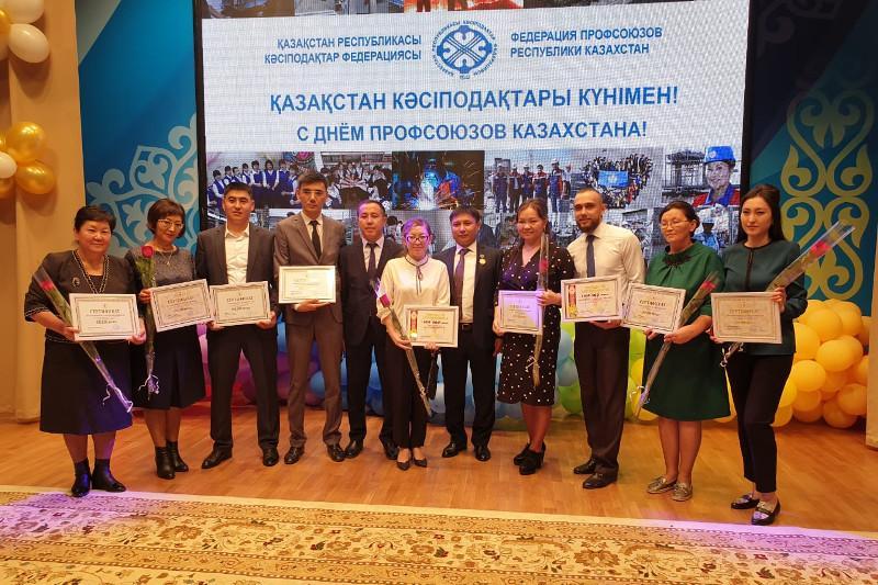 Дипломмен ауылға: Алматы облысында 168 жас дәрігер ауылға аттанды