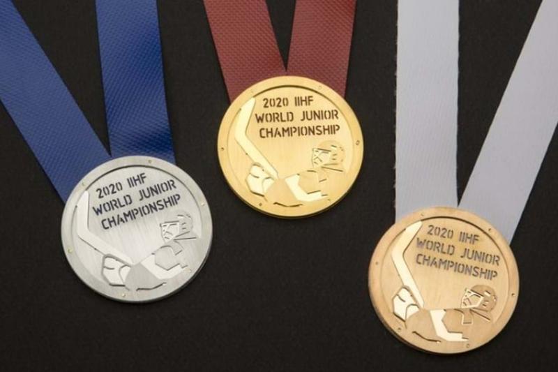 Международная федерация хоккея IIHF представила медали Молодежного чемпионата мира-2020