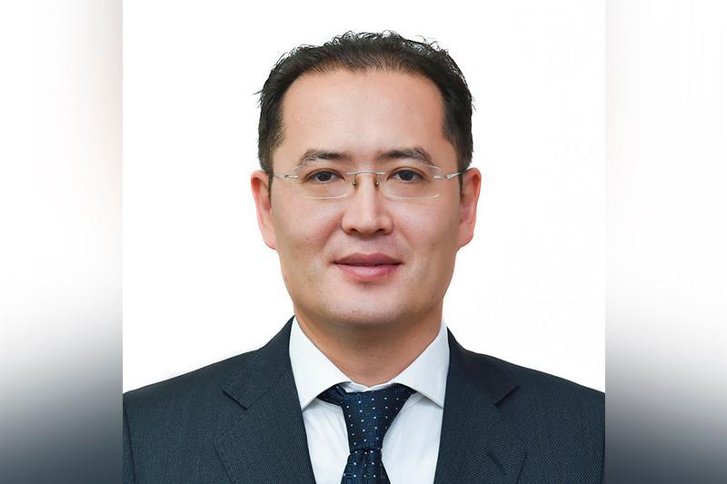 Президент РК сменил ответственного секретаря МОН РК